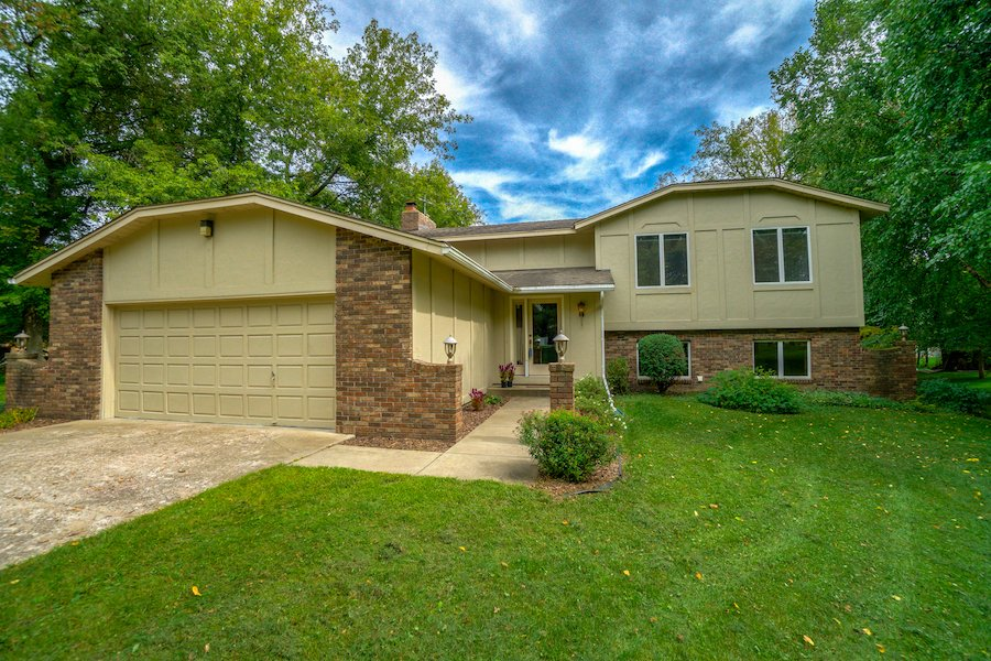 5051 Hilltop Ave N, Lake Elmo, MN