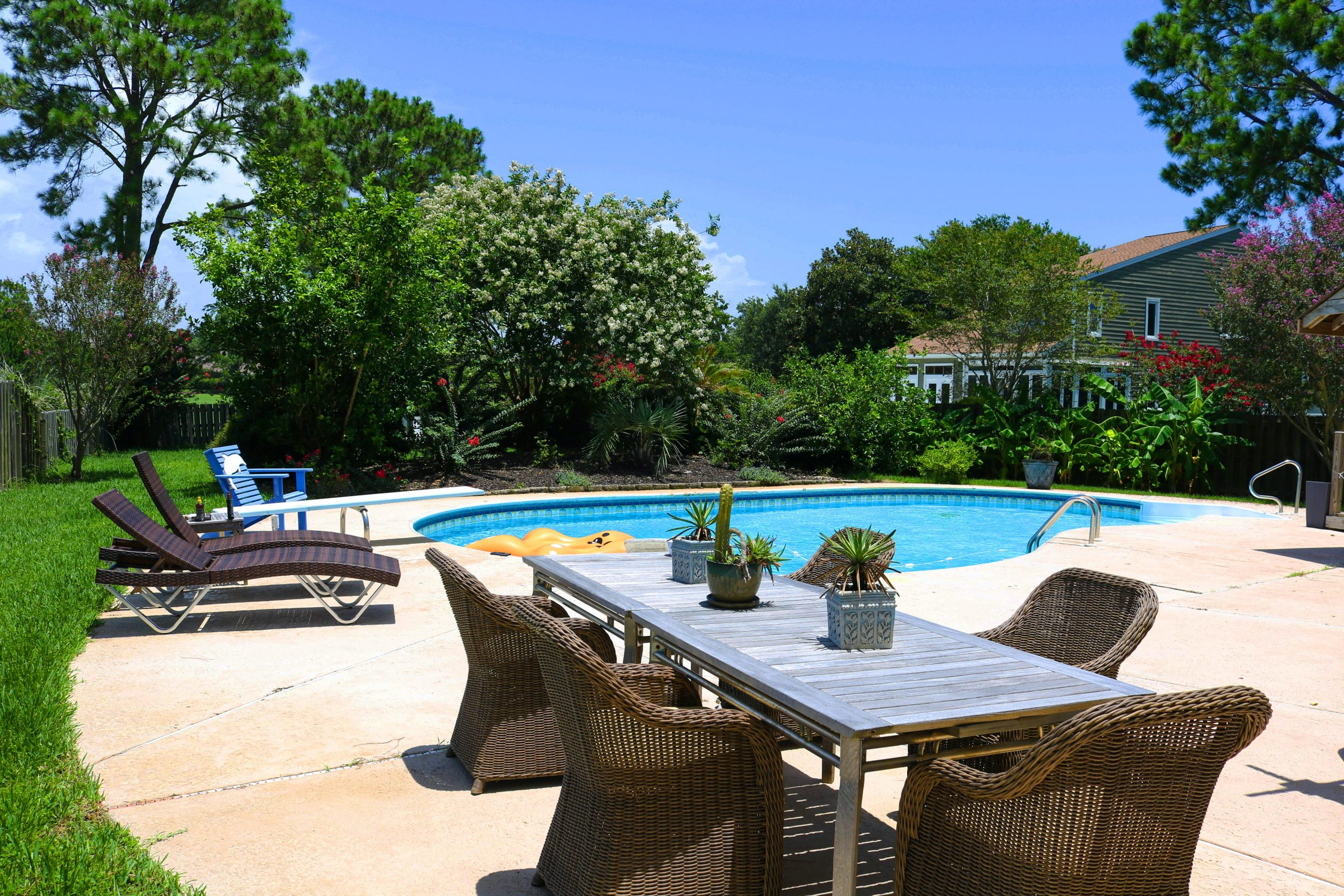 Pool - Wendy Gimpel Real Estate